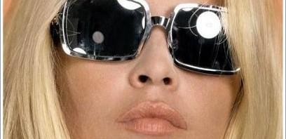 lunettes des stars blondes
