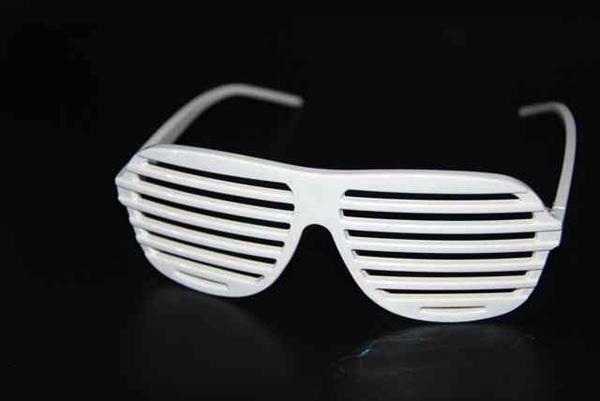 La Shutter Shades, lunette fétiche de Kanye West - Happymag 613408cab6d2