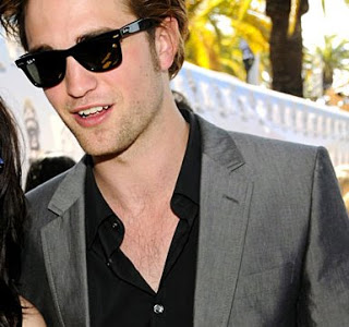 robert pattinson et les wayfarer de Ray_ban